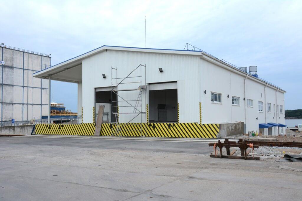 Gamybinio pastato ir veterinarijos tikrinimo postu rekonstravimo į pilies pasienio kontrolės punkto veterinarijos ir fitosanitarijos postų pastatą Nemuno g.24, Klaipėdoje, darbo projektas