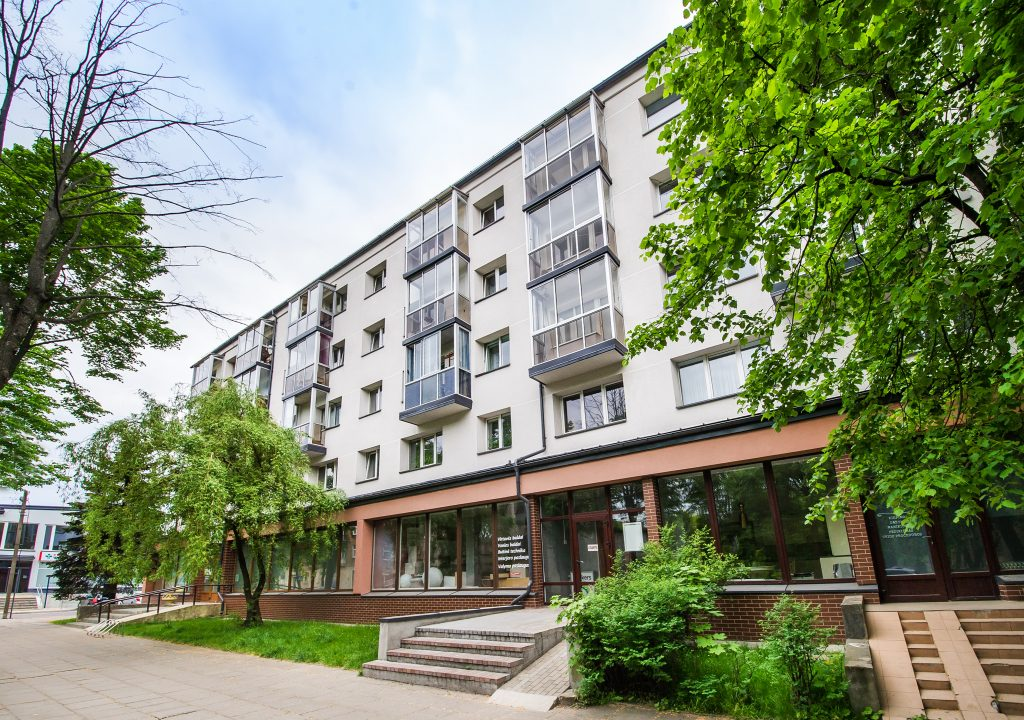 Daugiabučio gyvenamojo namo Sportininkų g. 16, Klaipėdoje, atnaujinimo (modernizavimo) projektas